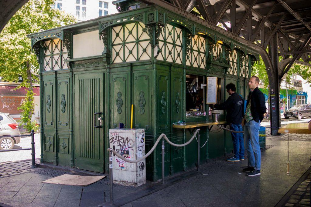 Burgermeister, d'anciennes toilettes publiques transformées en kiosque à burgers