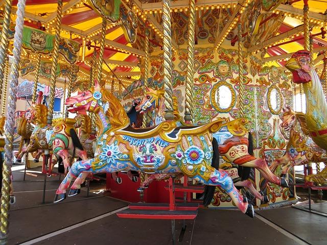 Le carroussel du Brighton Pier aussi flamboyant que le reste de la ville