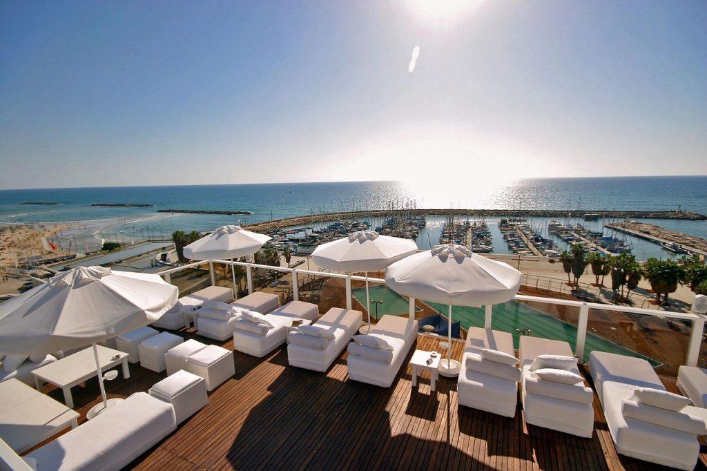 Tel Aviv, hotel bord de mer