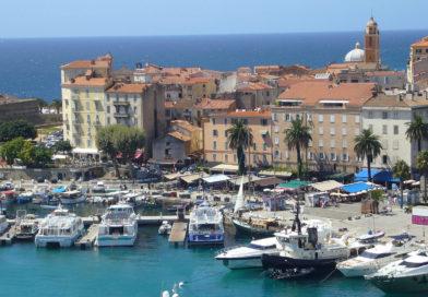 Ajaccio vieux port et citadelle