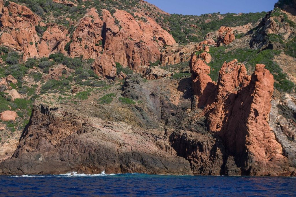 La réserve naturelle de Scandola dans le golfe de Porto